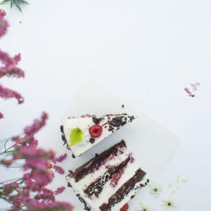 """Tortas """"Juodasis miškas"""" 2,2 kg."""