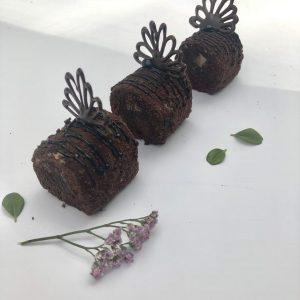 Šokoladinis pyragaitis su sviestiniu kremu